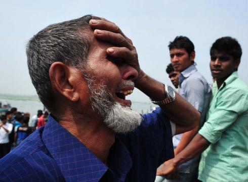 https://i0.wp.com/i.usatoday.net/news/_photos/2012/03/13/31-dead-in-Bangladesh-ferry-crash-3L14SBFF-x-large.jpg