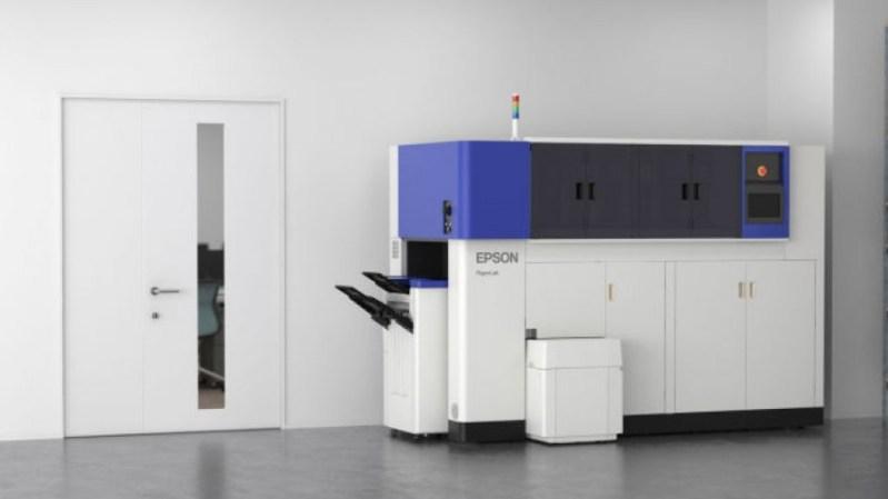 Már az irodában újrahasznosítaná a papírt az Epson