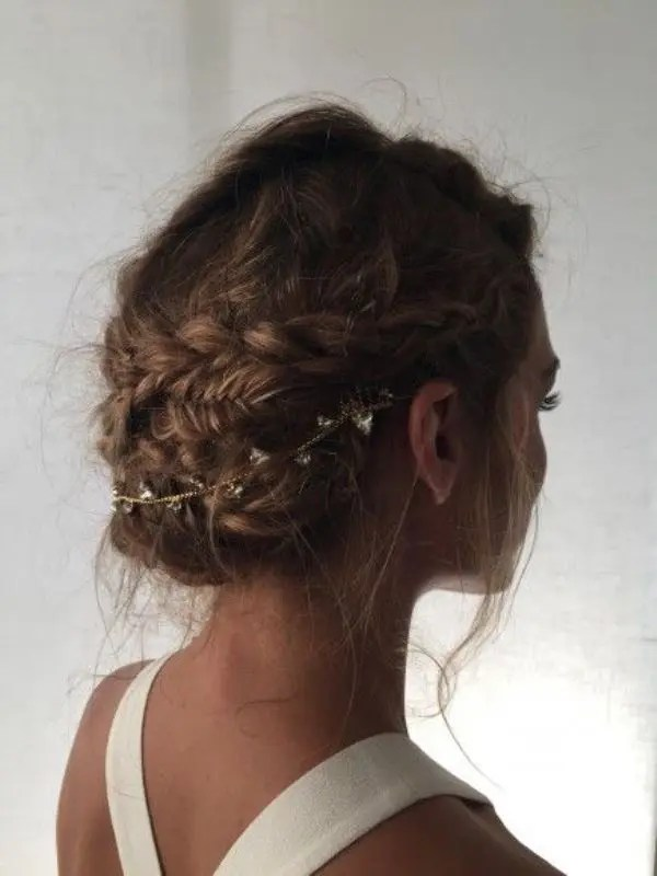 45 Charming Brides Wedding Hairstyles For Naturally Curly