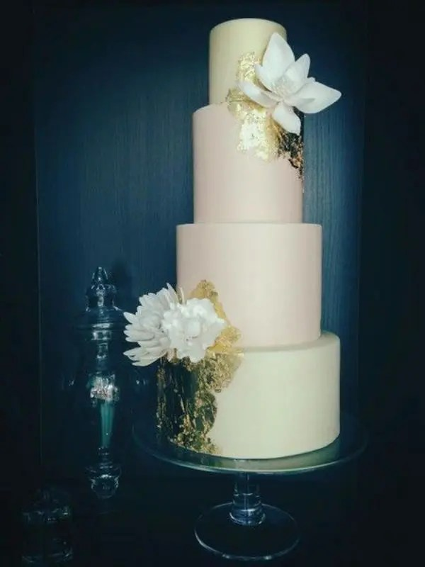 30 Glamorous Gold Leaf Wedding Cakes Weddingomania