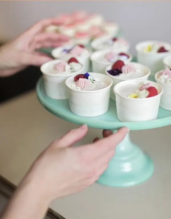 Yummy Diy Mini Cakes Favors For Your Wedding Guests Weddingomania