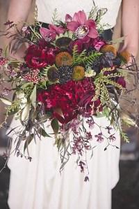 36 Gorgeous Moody Fall Wedding Ideas - Weddingomania
