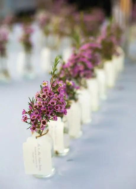 20 Cute Ideas To Incorporate Waxflowers Into Your Wedding  Weddingomania