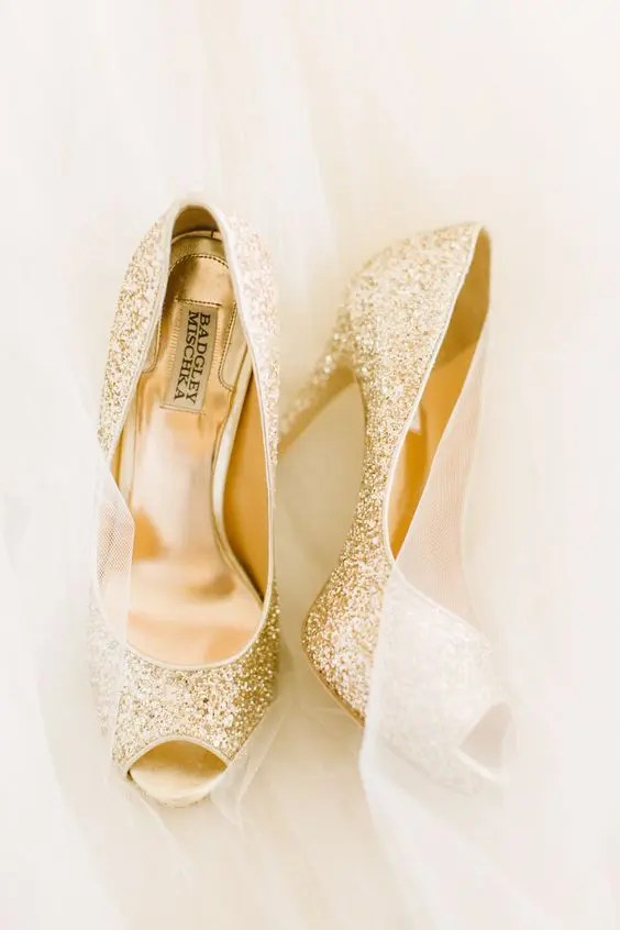 32 Sweet Blush And Gold Wedding Ideas Weddingomania
