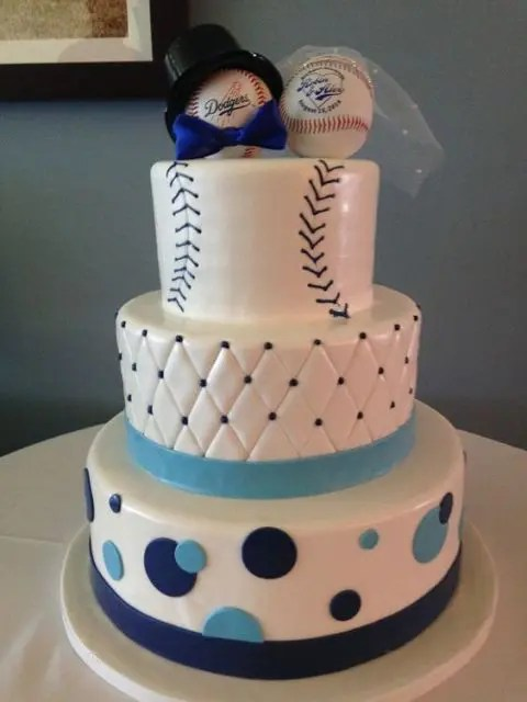 21 Funny Baseball Wedding Theme Ideas  Weddingomania