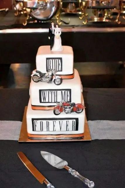 20 Cool Motorcycle Themed Wedding Ideas Weddingomania