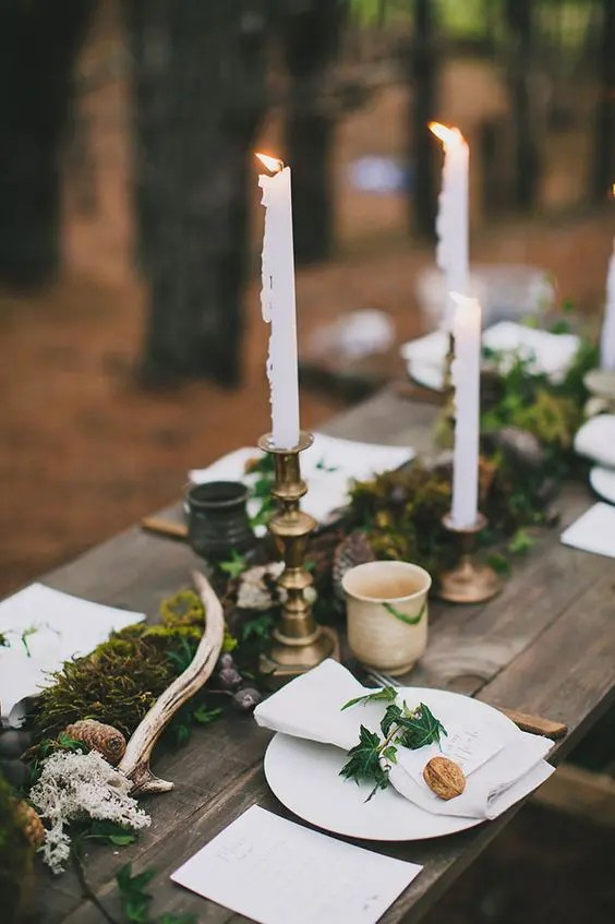 29 BudgetFriendly Moss Wedding Dcor Ideas  Weddingomania