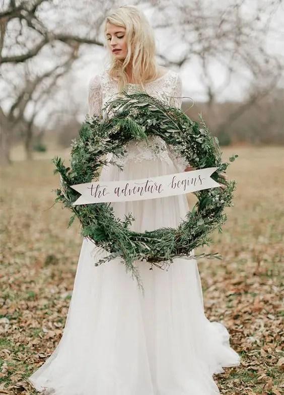 33 Cozy Evergreen Winter Wedding Dcor Ideas  Weddingomania