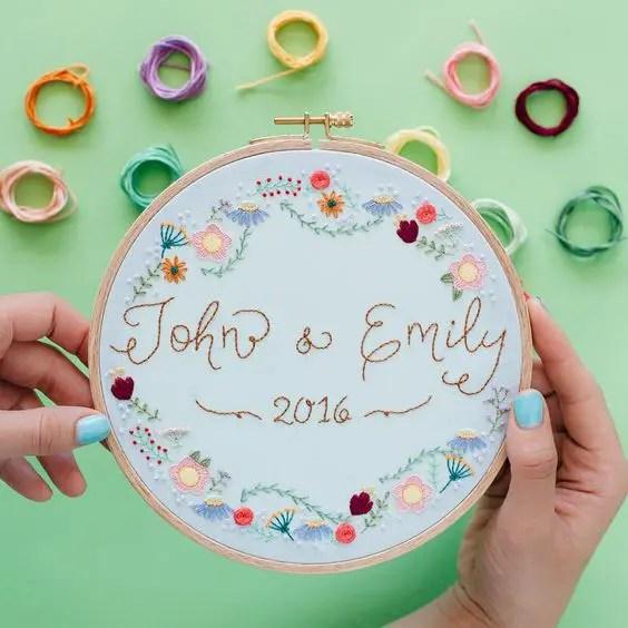 33 Cool Ways To Use Hoops At Your Wedding Weddingomania