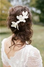 messy curly wedding