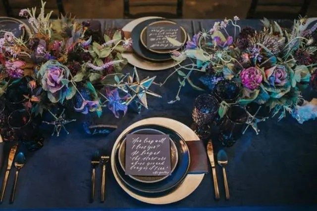 32 Gorgeous And Refined Velvet Wedding Ideas Weddingomania