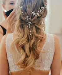 28 Casual Wedding Hairstyles For Effortlessly Chic Brides ...