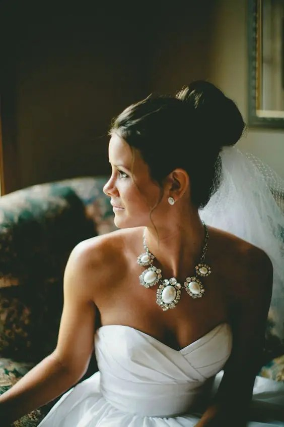 a fabulous rhinestone and wwhite gem necklace for s trapless neckline wedding dress