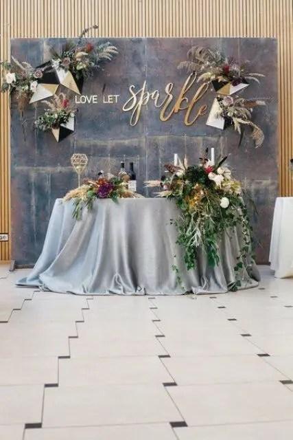 27 Coolest Sweetheart Table Backdrops To Try  Weddingomania