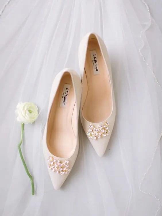 off-white embellished pointed toe wedding shoes are timeless classics