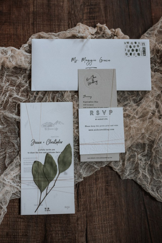 Most of the paper goodies were designed and printed out by the bride herself