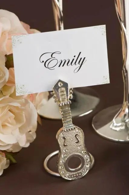 22 Funny Guitar Wedding Dcor Ideas  Weddingomania
