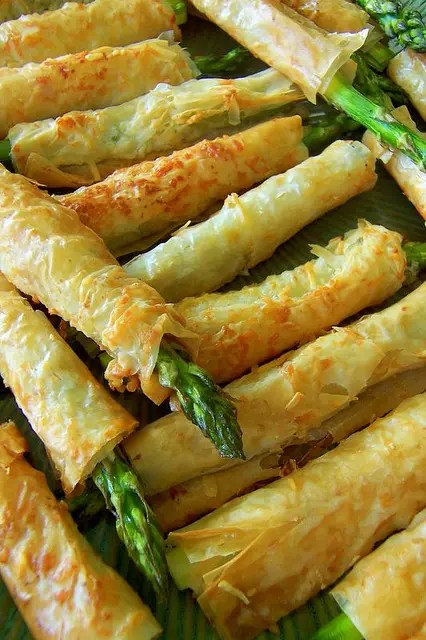 dough wrapped asparagus is a great idea for a vegetarian wedding