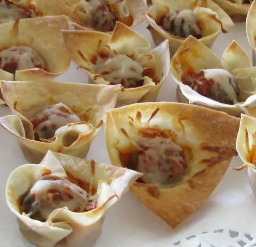 baked cups with bacon and cheese is a timeless idea of a wedding appetizer