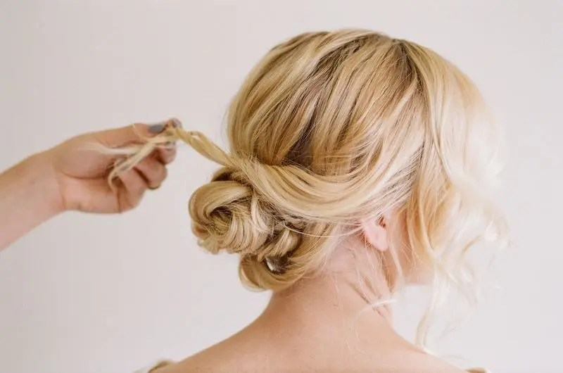 Picture Of Easy And Beautiful Diy Low Bun Hairstyle