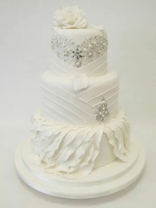 Picture Of Exquisite All White Wedding Cakes