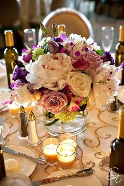 47 Bright Floral Centerpieces For Spring Weddings