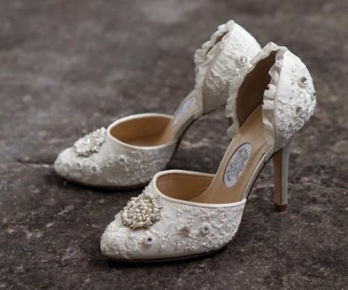45 Gorgeous Vintage Wedding Shoes  Weddingomania