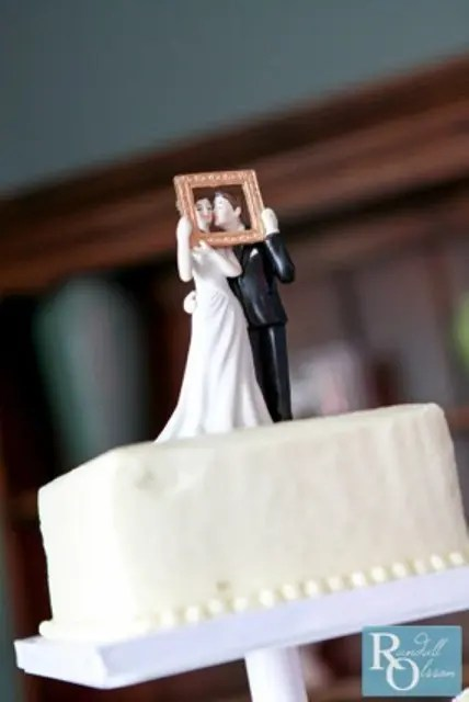 39 Really Unique Wedding Cake Toppers  Weddingomania