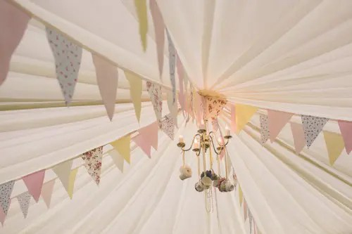 Vintage And Shabby Chic Wedding In Pastels  Weddingomania