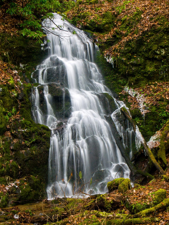Gatlinburg In The Fall Wallpaper Waterfall Below Sugarloaf Mountain Wnc Waterfalls