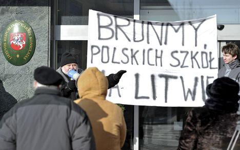 Litwini usuwają język polski ze szkół!