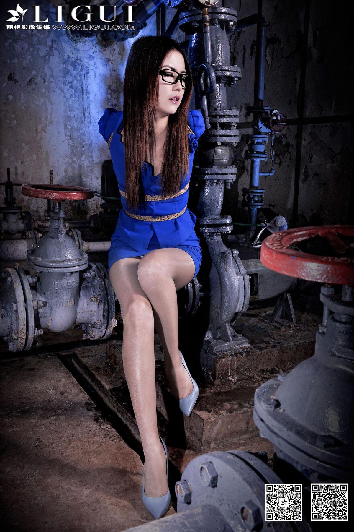 Model 可馨《空姐捆綁繩藝》上下全集 [麗柜美束LiGui] 美腿玉足寫真圖片(6) -美女寫真美女圖片大全-高清美女圖庫