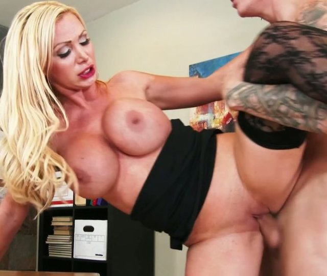 Blonde Beauty In Lace Stockings Nikki Benz Fucks Richie Black On The Table