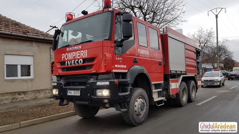 Un bărbat din Arad şi-a dat foc la casă, după ce Real a fost umilită de Barcelona! La 0-3, a aruncat o sticlă de diluant în sobă