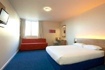 Hotel Travelodge Gatwick Airport Central Horley 3 United
