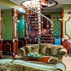 Arabian Nights Living Room Small With Tv Over Fireplace Hotel 1001 Koreiz 3 Ukraine From Us 87 Booked