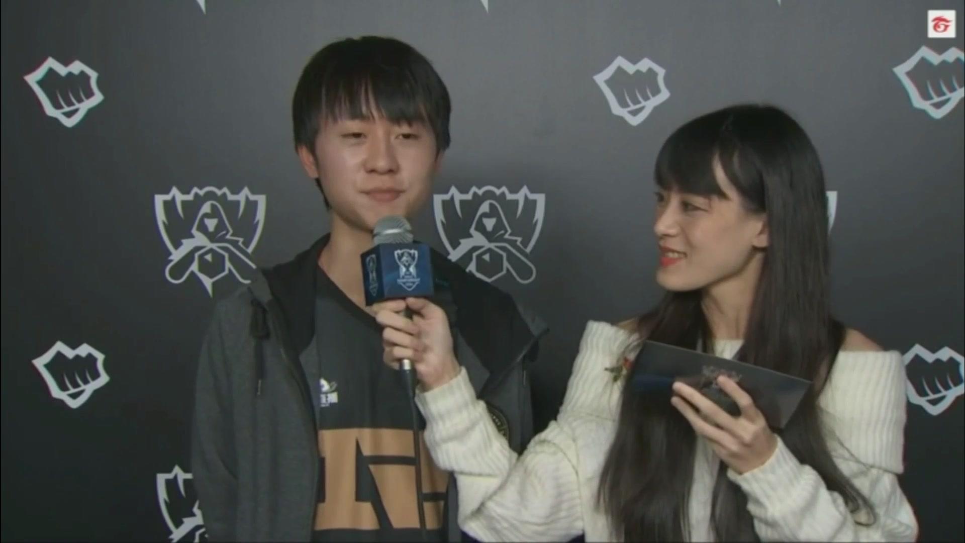 【RNG.S7】Day6-小明接受臺灣媒體采訪_電子競技_游戲_bilibili_嗶哩嗶哩