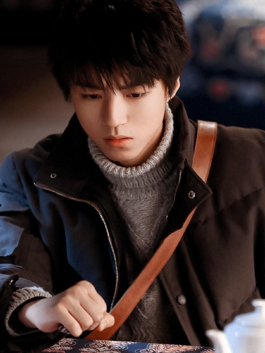 王俊凯《天坑鹰猎》走出国门,在韩国卫视上星播出,王俊凯真争气-小柚妹站