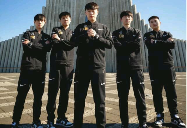 RNG双杀DK后,韩国网友崩溃:五个韩国人赢不了五个中国人-小柚妹站