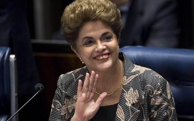 Afastada definitivamente da Presidência em agosto do ano passado, Dilma deu lugar a Temer em 12 de maio de 2016