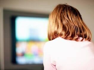 Pacotes de TV por assinatura alavancaram gastos com lazer dentro de casa