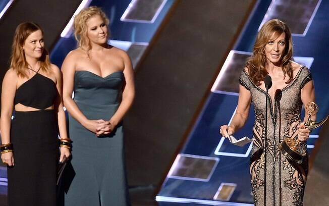 """Allison Janney, de """"Mom"""", levou o primeiro troféu da noite, de melhor atriz coadjuvante de comédia. Foto: Getty Images"""