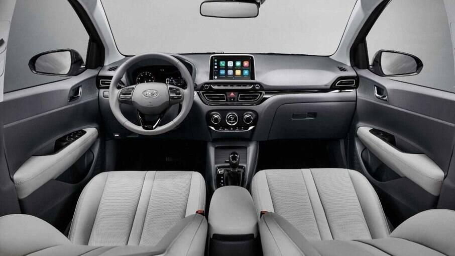 Hyundai HB20 tem boa ergonomia, sistema multimídia de 8 polegadas e velocímetro digital