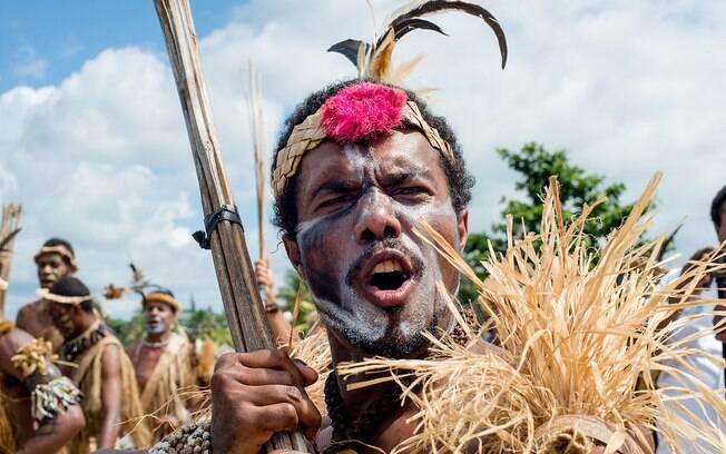 Homem participa de apresentação na ilha de Futuna; arquipélagos no Pacífico sul podem abrigar nova espécie humana