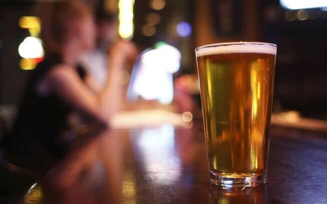 Resultado de imagem para consumo de alcool