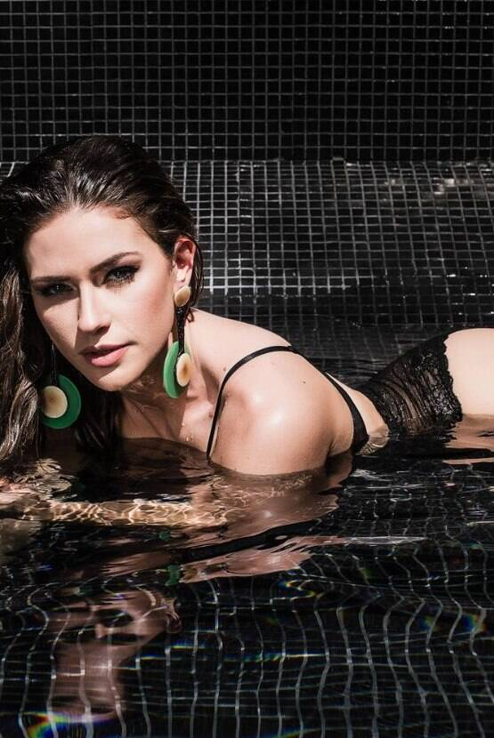 Fotos de modelos - Renata Longaray 15 - por Michelle Moll
