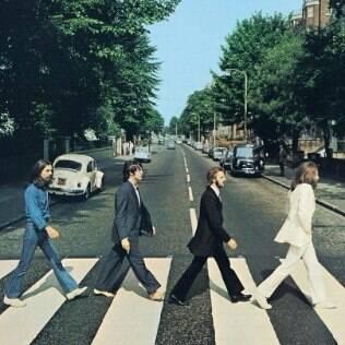 O fato de Paul estar descalço na capa de 'Abbey Road' seria a maior prova de sua morte
