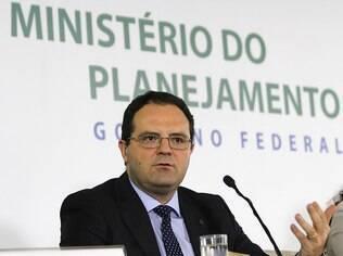 O ministro do Planejamento, Nelson Barbosa, detalhou como fica o corte no Orçamento em 2015