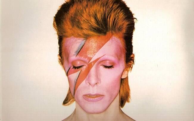 O cantor britânico David Bowie morreu no domingo (10), aos 69 anos. Foto: Reprodução