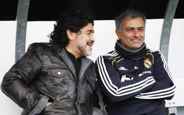 Mourinho e Maradona. Foto: Getty Images